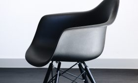 New design chairs from Anna Barretti
