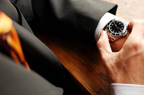How to Choose the Best Men's Watch?