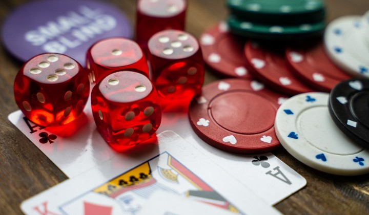 Roulette Tips That Will Keep Your Chances High